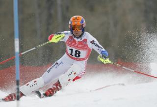 Jan-Michael-Kochalski-Skiing-FI